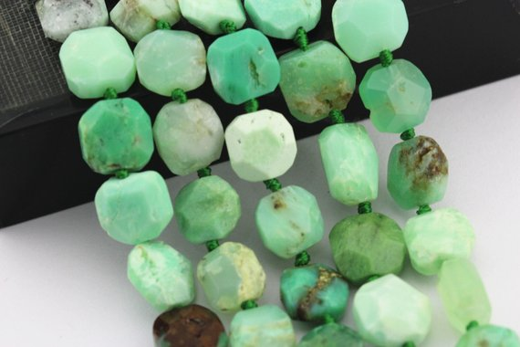 """Chrysoprase Faceted Octagon Flat Square Shape Beads Approx 15x15mm 15.5"""" Strand"""