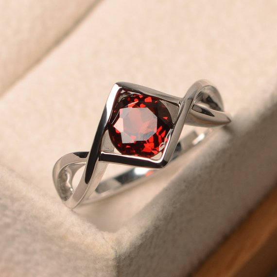 Engagement Rings, Natural Garnet Rings, January Birthstone, Round Cut Red Gemstone, Sterling Silver Rings, Solitaire Rings