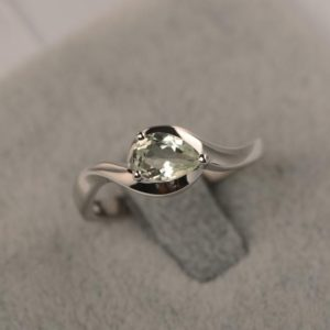 Green amethyst ring pear cut solitaire ring engagement ring for her | Natural genuine Gemstone rings, simple unique alternative gemstone engagement rings. #rings #jewelry #bridal #wedding #jewelryaccessories #engagementrings #weddingideas #affiliate #ad