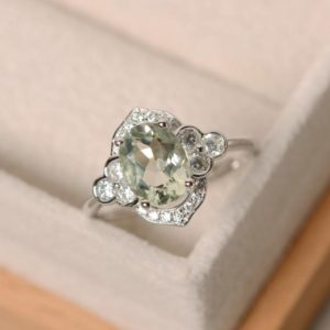 Green amethyst ring, silver, oval cut engagement ring | Natural genuine Gemstone rings, simple unique alternative gemstone engagement rings. #rings #jewelry #bridal #wedding #jewelryaccessories #engagementrings #weddingideas #affiliate #ad