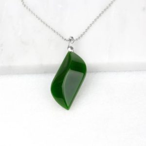 Leaf Green Necklace, Nephrite Jade, Jade Green Jewelry, Good Luck Necklace, Long Boho Necklace, Green Jade Necklace, Green Jade Jewelry | Natural genuine Jade necklaces. Buy crystal jewelry, handmade handcrafted artisan jewelry for women.  Unique handmade gift ideas. #jewelry #beadednecklaces #beadedjewelry #gift #shopping #handmadejewelry #fashion #style #product #necklaces #affiliate #ad