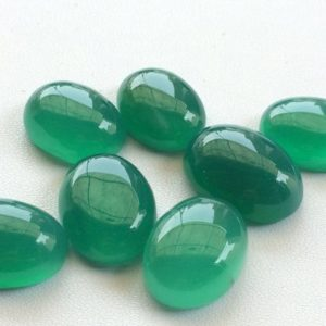 Shop Onyx Stones & Crystals! Green Onyx Cabochons, Flat Back Plain Cabochons, Green Onyx 5 Pieces, 86.20 Cts Green Onyx Oval Beads, 18.5×14.5mm – 21x15mm | Natural genuine stones & crystals in various shapes & sizes. Buy raw cut, tumbled, or polished gemstones for making jewelry or crystal healing energy vibration raising reiki stones. #crystals #gemstones #crystalhealing #crystalsandgemstones #energyhealing #affiliate #ad