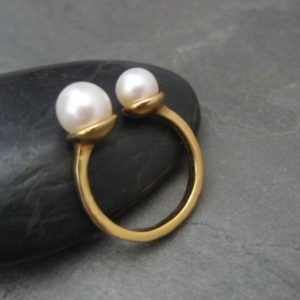 Shop Pearl Rings! Twin pearl ring – solid sterling silver with 18k gold plating and 2 genuine cultured pearls | Natural genuine Pearl rings, simple unique handcrafted gemstone rings. #rings #jewelry #shopping #gift #handmade #fashion #style #affiliate #ad