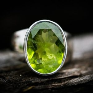 Shop Peridot Rings! Peridot Ring Size 8 Peridot ring – Large Peridot Ring – August Birthstone – August Birthstone – Peridot jewelry- Size 8 Ring | Natural genuine Peridot rings, simple unique handcrafted gemstone rings. #rings #jewelry #shopping #gift #handmade #fashion #style #affiliate #ad