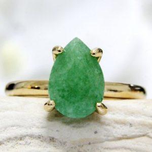 Green Aventurine Ring, gold Green Ring, vintage Ring, teardrop Ring, gold Stacking Ring, gemstone Ring | Natural genuine Aventurine rings, simple unique handcrafted gemstone rings. #rings #jewelry #shopping #gift #handmade #fashion #style #affiliate #ad