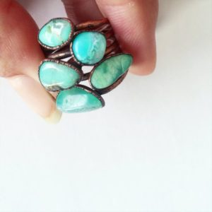 Chrysoprase ring | Tumbled chrysoprase crystal ring | Green chrysoprase and copper ring | May birthstone jewelry | May birthstone ring | Natural genuine Chrysoprase rings, simple unique handcrafted gemstone rings. #rings #jewelry #shopping #gift #handmade #fashion #style #affiliate #ad