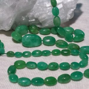 Emerald Graduating Smooth Oval Beads 26 Inch Strand of Beryl Gemstone Beads | Natural genuine other-shape Gemstone beads for beading and jewelry making.  #jewelry #beads #beadedjewelry #diyjewelry #jewelrymaking #beadstore #beading #affiliate #ad