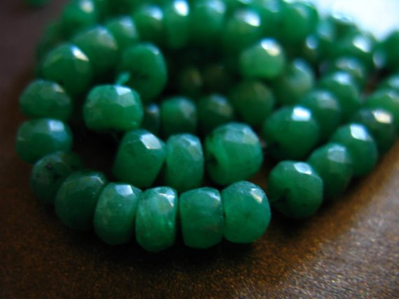1 / 2 Strand, Emerald Rondelles Beads, Luxe Aaa, 3-4 Mm, Emerald Kelly Green, Holidays May Birthstone Brides Bridal True Der Solo Tr E
