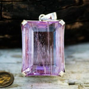 Shop Kunzite Jewelry! Kunzite Pendant 435 carat Large Kunzite Pendant- 87 gram Kunzite  Pendant Kunzite Jewelry – Large Kunzite Pendant Kunzite Necklace – Kunzite | Natural genuine Kunzite jewelry. Buy crystal jewelry, handmade handcrafted artisan jewelry for women.  Unique handmade gift ideas. #jewelry #beadedjewelry #beadedjewelry #gift #shopping #handmadejewelry #fashion #style #product #jewelry #affiliate #ad