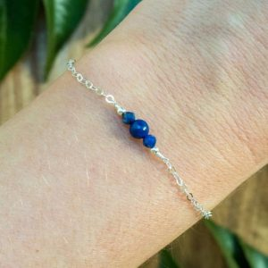 Lapis lazuli dainty bracelet. Lapis lazuli bracelet. September birthstone. Gemstone bracelet. Dainty gold bracelet. Bridesmaids bracelet. | Natural genuine Lapis Lazuli bracelets. Buy crystal jewelry, handmade handcrafted artisan jewelry for women.  Unique handmade gift ideas. #jewelry #beadedbracelets #beadedjewelry #gift #shopping #handmadejewelry #fashion #style #product #bracelets #affiliate #ad