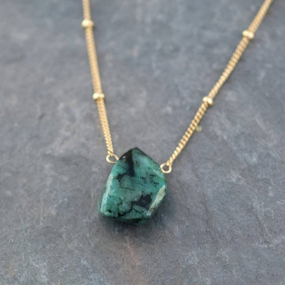 Natural Emerald Necklace, Raw Stone Necklace, Gold Satellite Chain, Rough Gemstone Nugget, Layering Necklace, May Birthstone Gift, Nk-st