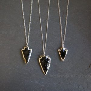 Silver Obsidian Necklace / Arrowhead Necklace / Black Obsidian Necklace / Raw Obsidian Necklace / Obsidian Necklace | Natural genuine Array jewelry. Buy crystal jewelry, handmade handcrafted artisan jewelry for women.  Unique handmade gift ideas. #jewelry #beadedjewelry #beadedjewelry #gift #shopping #handmadejewelry #fashion #style #product #jewelry #affiliate #ad