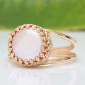 Shop Pearl Rings! rose gold ring,pink ring,pink pearl ring,freshwater pearl ring,bridal ring,bridesmaid rings,rose pearl ring | Natural genuine Pearl rings, simple unique alternative gemstone engagement rings. #rings #jewelry #bridal #wedding #jewelryaccessories #engagementrings #weddingideas #affiliate #ad