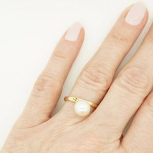 Shop Pearl Rings! Pearl minimalist ring -Freshwater Pearl ring 7 mm-Pearl ring natural-Wedding Jewelry-Anniversary ring-Birthday gift -Pearl wedding ring | Natural genuine Pearl rings, simple unique alternative gemstone engagement rings. #rings #jewelry #bridal #wedding #jewelryaccessories #engagementrings #weddingideas #affiliate #ad