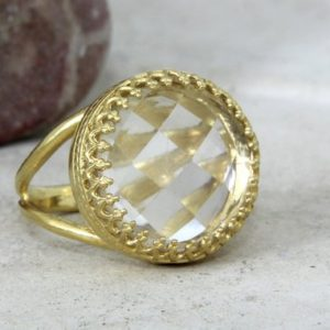 Shop Quartz Crystal Rings! crystal quartz ring,clear quartz ring,white quartz ring,gold ring,bridal ring,reflective rings,stone ring | Natural genuine Quartz rings, simple unique alternative gemstone engagement rings. #rings #jewelry #bridal #wedding #jewelryaccessories #engagementrings #weddingideas #affiliate #ad