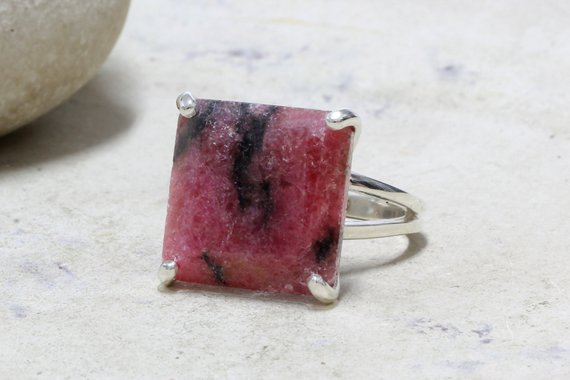 Square Silver Ring,gemstone Ring,pink Stone Ring,prong Ring,cocktail Ring,rhodonite Ring,unique Gifts,engagement Rin