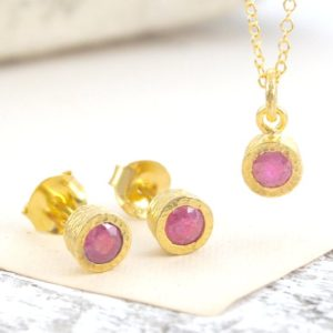 Shop Ruby Pendants! Ruby Earrings, Ruby Pendant, Dainty Necklace, Jewelry Set, Gold Jewelry, Gold Stud Earrings, Gold Necklace, Ruby Jewelery, Jewelry Gifts | Natural genuine Ruby pendants. Buy crystal jewelry, handmade handcrafted artisan jewelry for women.  Unique handmade gift ideas. #jewelry #beadedpendants #beadedjewelry #gift #shopping #handmadejewelry #fashion #style #product #pendants #affiliate #ad