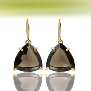 Gold triangle earrings,gold earrings,smoky quartz earrings,gemstone earrings,trillion earrings,semiprecious earrings | Natural genuine Smoky Quartz earrings. Buy crystal jewelry, handmade handcrafted artisan jewelry for women.  Unique handmade gift ideas. #jewelry #beadedearrings #beadedjewelry #gift #shopping #handmadejewelry #fashion #style #product #earrings #affiliate #ad