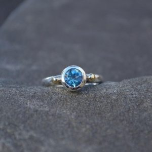 Swiss Blue Topaz Ring, Size 7.25, Blue Topaz Ring, Faceted Blue Topaz, topaz Ring, sterling Silver, 10k Gold, anniversary, engagement, alternative | Natural genuine Gemstone rings, simple unique alternative gemstone engagement rings. #rings #jewelry #bridal #wedding #jewelryaccessories #engagementrings #weddingideas #affiliate #ad
