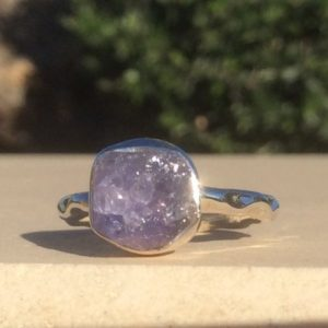 Shop Tanzanite Rings! Raw Stone Silver Ring, Natural Tanzanite Hammered Ring, Blue Gemstone Silver Jewellery | Natural genuine Tanzanite rings, simple unique handcrafted gemstone rings. #rings #jewelry #shopping #gift #handmade #fashion #style #affiliate #ad