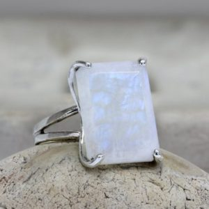 silver ring,moonstone ring,sterling ring,prong setting ring,natural stone ring,semiprecious ring,cocktail ring | Natural genuine Moonstone rings, simple unique handcrafted gemstone rings. #rings #jewelry #shopping #gift #handmade #fashion #style #affiliate #ad