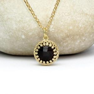 Shop Onyx Jewelry! Black onyx pendant,black onyx necklace,gold necklace,delicate necklace,everyday necklace,simple necklace | Natural genuine Onyx jewelry. Buy crystal jewelry, handmade handcrafted artisan jewelry for women.  Unique handmade gift ideas. #jewelry #beadedjewelry #beadedjewelry #gift #shopping #handmadejewelry #fashion #style #product #jewelry #affiliate #ad