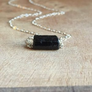 Black Tourmaline Necklace – Raw Stone Necklace – Raw Crystal Necklace – Protection Necklace – Healing Jewelry Gift | Natural genuine Gemstone jewelry. Buy crystal jewelry, handmade handcrafted artisan jewelry for women.  Unique handmade gift ideas. #jewelry #beadedjewelry #beadedjewelry #gift #shopping #handmadejewelry #fashion #style #product #jewelry #affiliate #ad