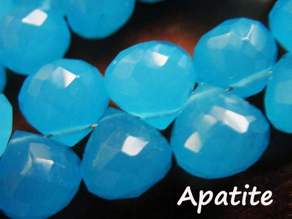 2-20 Pcs / Chalcedony Onion Briolettes Beads, Luxe Aaa, Apatite Aqua Blue, 9-10 Mm / Wholesale Brides Bridal Something Blue 910 Bgg Solo