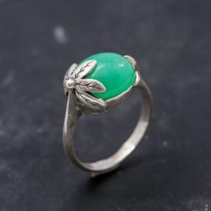 Shop Chrysoprase Rings! Chrysoprase Ring, Natural Chrysoprase, Leaf Ring, May Birthstone, Vintage Ring, Solid Silver Ring, Statement Ring, May Ring, Chrysoprase | Natural genuine Chrysoprase rings, simple unique handcrafted gemstone rings. #rings #jewelry #shopping #gift #handmade #fashion #style #affiliate #ad
