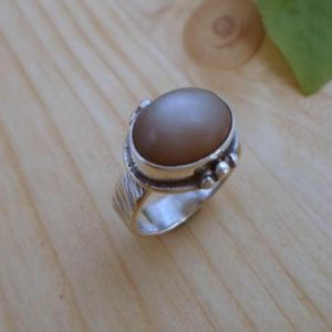 Shop Moonstone Rings! Peach moonstone sterling silver ring, artisan jewelry, gemstone silver ring, moonstone jewelry, handmade silver ring, silversmith jewelry | Natural genuine Moonstone rings, simple unique handcrafted gemstone rings. #rings #jewelry #shopping #gift #handmade #fashion #style #affiliate #ad