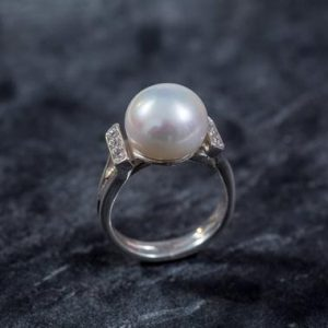 Shop Pearl Rings! Pearl Ring, White Pearl Ring, Natural Pearl, June Birthstone, White Pearl, Real Pearl, Vintage Rings, White Ring, Solid Silver Ring, Pearl | Natural genuine Pearl rings, simple unique handcrafted gemstone rings. #rings #jewelry #shopping #gift #handmade #fashion #style #affiliate #ad