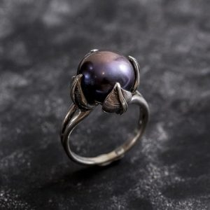 Black Pearl Ring, Genuine Pearl, Pearl Promise Ring, Vintage Rings, Pearl Ring, Vintage Pearl Ring, June Birthstone, Solid Silver Ring | Natural genuine Pearl rings, simple unique handcrafted gemstone rings. #rings #jewelry #shopping #gift #handmade #fashion #style #affiliate #ad