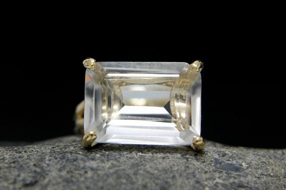 Gold Gemstone Ring,clear Quartz Ring,crystal Quartz,rectangle Ring,cocktail Ring,gold Ring,wow Ring,statement Ring