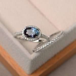 Engagement ring, alexandrite ring, June birthstone ring, oval cut gemstone, sterling silver ring,bridal sets | Natural genuine Gemstone rings, simple unique alternative gemstone engagement rings. #rings #jewelry #bridal #wedding #jewelryaccessories #engagementrings #weddingideas #affiliate #ad