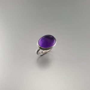 Shop Amethyst Rings! Amethyst ring set in Sterling silver – Deep purple cabochon cut – gift idea – polished gemstone – statement ring – natural gemstone | Natural genuine Amethyst rings, simple unique handcrafted gemstone rings. #rings #jewelry #shopping #gift #handmade #fashion #style #affiliate #ad