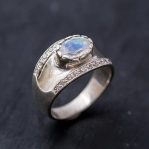 Shop Moonstone Rings! Bezel Ring, Moonstone Ring, Natural Moonstone, June Birthstone, Antique Ring, Rainbow Moonstone, Solid Silver Ring, June Ring, Moonstone | Natural genuine Moonstone rings, simple unique handcrafted gemstone rings. #rings #jewelry #shopping #gift #handmade #fashion #style #affiliate #ad