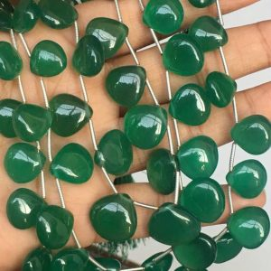 Shop Onyx Bead Shapes! 19 pcs AAA green onyx smooth heart shape beads,green onyx heart,onyx beads | Natural genuine other-shape Onyx beads for beading and jewelry making.  #jewelry #beads #beadedjewelry #diyjewelry #jewelrymaking #beadstore #beading #affiliate #ad