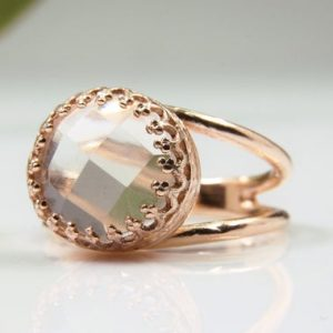 Crystal Quartz Ring, clear Quartz Ring, rose Gold Ring, faceted Ring, delicate Crystal Ring, everyday Ring, pink Gold Ring | Natural genuine Quartz rings, simple unique handcrafted gemstone rings. #rings #jewelry #shopping #gift #handmade #fashion #style #affiliate #ad