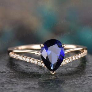 Pear blue sapphire engagement ring solid 14k yellow gold ring split shank diamond ring 6x8mm sapphire ring vintage gold women wedding ring | Natural genuine Array rings, simple unique alternative gemstone engagement rings. #rings #jewelry #bridal #wedding #jewelryaccessories #engagementrings #weddingideas #affiliate #ad