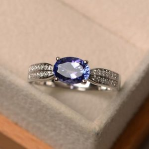 Shop Tanzanite Rings! Natural tanzanite ring, December birthstone ring, east to west ring, oval cut blue gemstone ring | Natural genuine Tanzanite rings, simple unique handcrafted gemstone rings. #rings #jewelry #shopping #gift #handmade #fashion #style #affiliate #ad