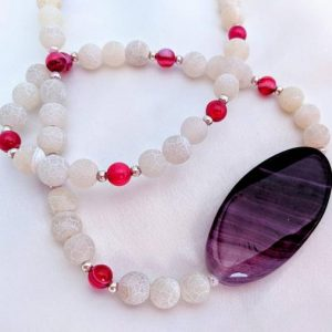 Shop Agate Necklaces! Bright & bold purple, hot pink/magenta and white agate gemstone necklace. Chunky, retro 1980s ombré statement jewelry. Unique! | Natural genuine Agate necklaces. Buy crystal jewelry, handmade handcrafted artisan jewelry for women.  Unique handmade gift ideas. #jewelry #beadednecklaces #beadedjewelry #gift #shopping #handmadejewelry #fashion #style #product #necklaces #affiliate #ad
