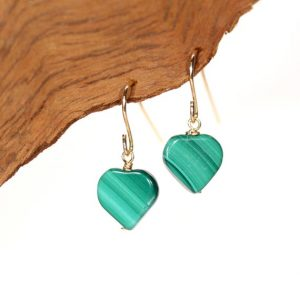 Malachite heart earrings, green heart stone earring, malachite jewelry, anniversary gift idea, gift under 25, dangle earrings | Natural genuine Malachite earrings. Buy crystal jewelry, handmade handcrafted artisan jewelry for women.  Unique handmade gift ideas. #jewelry #beadedearrings #beadedjewelry #gift #shopping #handmadejewelry #fashion #style #product #earrings #affiliate #ad