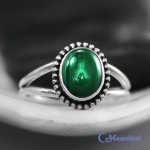 Green Malachite Ring – Sterling Silver Boho Ring – Split Shank Ring – Oval Ring – Green Gemstone Ring – Dainty Statement Ring – Summer Ring | Natural genuine Malachite rings, simple unique handcrafted gemstone rings. #rings #jewelry #shopping #gift #handmade #fashion #style #affiliate #ad