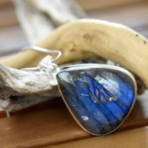 Shop Labradorite Pendants! Blue Labradorite Pendant | Natural genuine Labradorite pendants. Buy crystal jewelry, handmade handcrafted artisan jewelry for women.  Unique handmade gift ideas. #jewelry #beadedpendants #beadedjewelry #gift #shopping #handmadejewelry #fashion #style #product #pendants #affiliate #ad