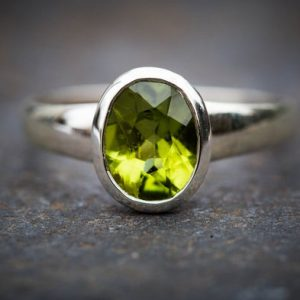 Shop Peridot Rings! Peridot Ring sizes 6.5-9 Peridot ring – Gorgeous Peridot Ring – August Birthstone – August Birthstone – Peridot jewelry- Size 6.5-9 Ring | Natural genuine Peridot rings, simple unique handcrafted gemstone rings. #rings #jewelry #shopping #gift #handmade #fashion #style #affiliate #ad