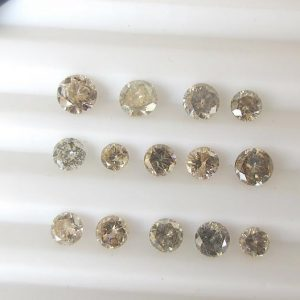 Shop Diamond Faceted Beads! 5 Pieces 3mm To 4.5mm Natural Clear Light Champagne brown Round Brilliant Cut Faceted Diamond Loose, Loose Diamonds For Ring, DDS533/7 | Natural genuine faceted Diamond beads for beading and jewelry making.  #jewelry #beads #beadedjewelry #diyjewelry #jewelrymaking #beadstore #beading #affiliate #ad