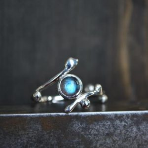 Shop Labradorite Rings! Labradorite Twig Ring – Labradorite Ring – Labradorite – Twig Ring – Gemstone Ring – Twig Gemstone Ring – Sterling Silver – Recycled Silver | Natural genuine Labradorite rings, simple unique handcrafted gemstone rings. #rings #jewelry #shopping #gift #handmade #fashion #style #affiliate #ad