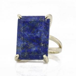 Shop Lapis Lazuli Jewelry! Rhodium Lapis ring,rectangle ring,September birthstone,birthstone ring,navy blue silver ring,handmade rings,vintage rings,cocktail rings | Natural genuine Lapis Lazuli jewelry. Buy crystal jewelry, handmade handcrafted artisan jewelry for women.  Unique handmade gift ideas. #jewelry #beadedjewelry #beadedjewelry #gift #shopping #handmadejewelry #fashion #style #product #jewelry #affiliate #ad