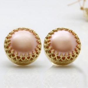 Shop Pearl Earrings! peach pink pearl earrings,post stud earrings,gold studs,pearl post earrings,smooth stone earrings | Natural genuine Pearl earrings. Buy crystal jewelry, handmade handcrafted artisan jewelry for women.  Unique handmade gift ideas. #jewelry #beadedearrings #beadedjewelry #gift #shopping #handmadejewelry #fashion #style #product #earrings #affiliate #ad