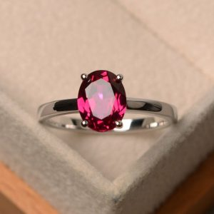Shop Ruby Rings! lab ruby ring, July birthstone ring, oval cut red gemstone ring, proposal ring for women | Natural genuine Ruby rings, simple unique handcrafted gemstone rings. #rings #jewelry #shopping #gift #handmade #fashion #style #affiliate #ad